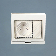 IP55 Report CE Wall Waterproof Outdoor Socket, 16A French Standard Electrical Outlet Grounded, AC 110~250V