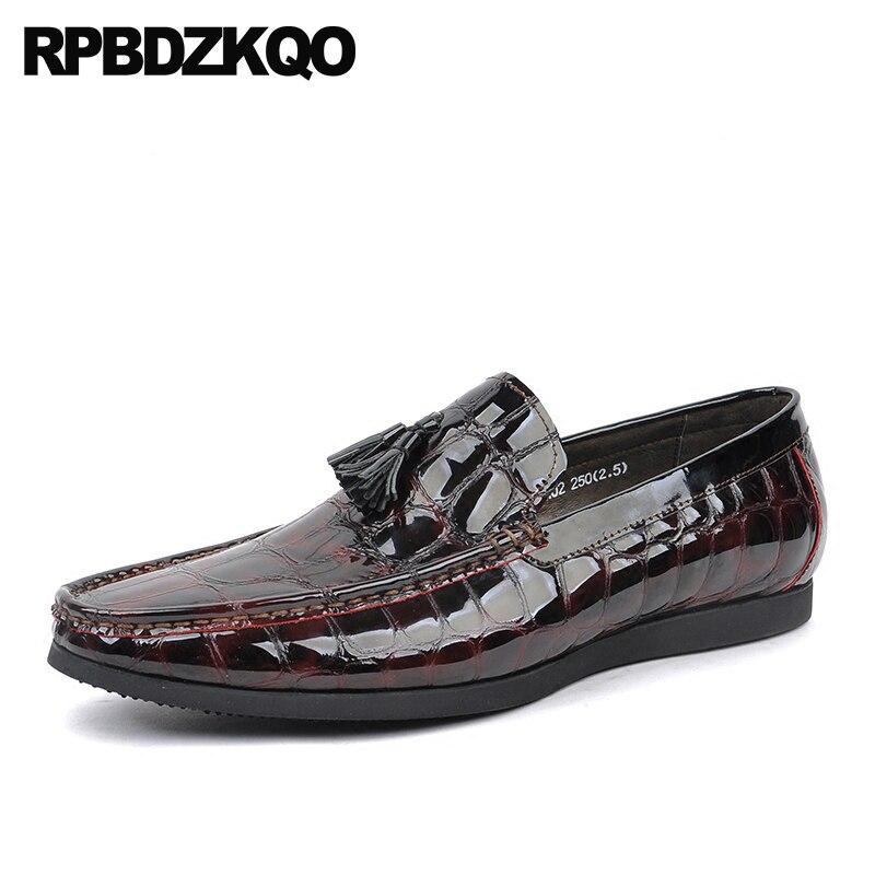 4fed607200 Itália Sapatos Jacaré Partido Preto De Cobra Italiano vermelho Vestido  Borla Crocodilo Dos Pele Borgonha Preto Patente Python Vinho Mocassins Homens  Couro ...