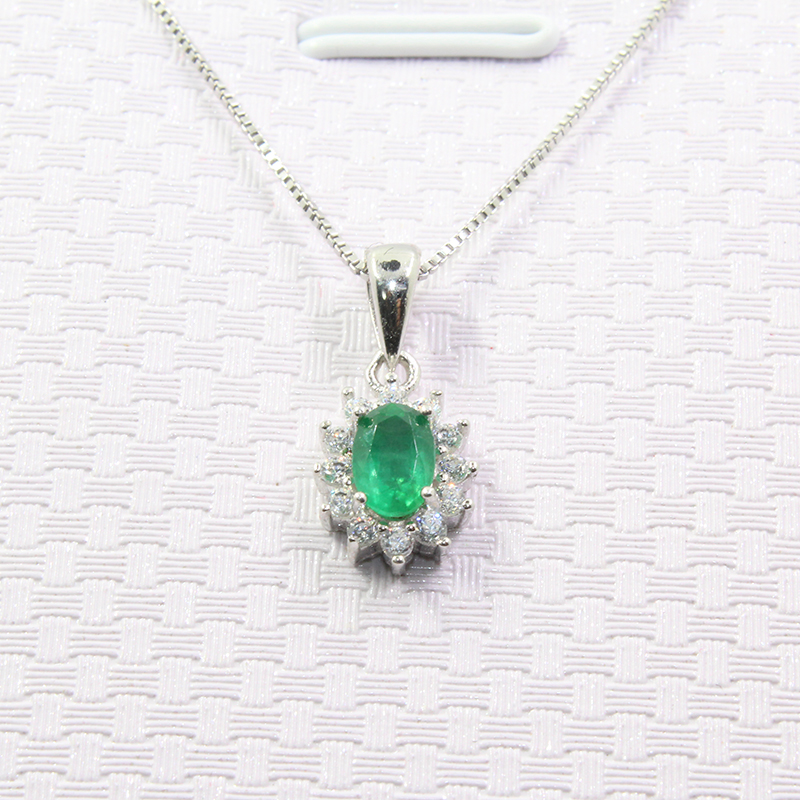 Classic emerald necklace pendant for wedding 4 mm * 6 mm natural Zambia emerald silver pendant solid 925 silver emerald pendant