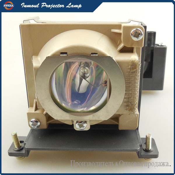 Replacement Projector Lamp VLT-XD200LP for MITSUBISHI LVP-XD200U / SD200U / XD200U / LVP-SD200U Projectors цена