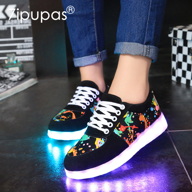 7 ipupas Nuovo EUR30-44 bambini Scarpe Scarpe Led Glowing 11 Colori LED ragazzi gilrs modo luminoso sneakers unisex led light up scarpa da tennis