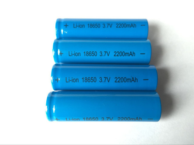 10Pcs 18650 (Not AA) 3.7V 2200mAh Battery lithium Li Ion Rechargeable Large Capacity Batteries ht wholesale Power free shipping