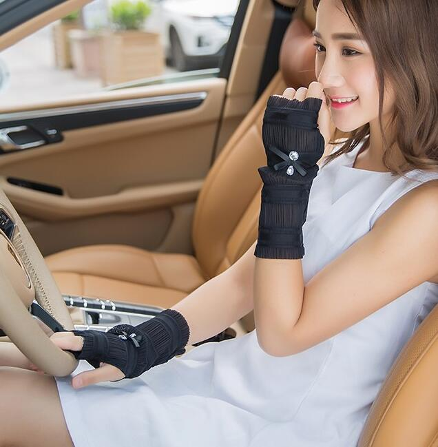 Good Quality! Women's Spring And Summer Cool Gloves Sexy Fingerless Viscose Driving Gloves Fashion Sunscreen Gloves