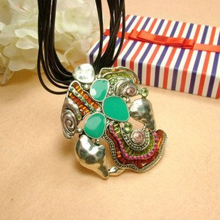 HOT!! Free Shipping/wholesale fahion necklace,hot jewelry,fashion jewelry,necklace .Super price  Promotions/sweater chain