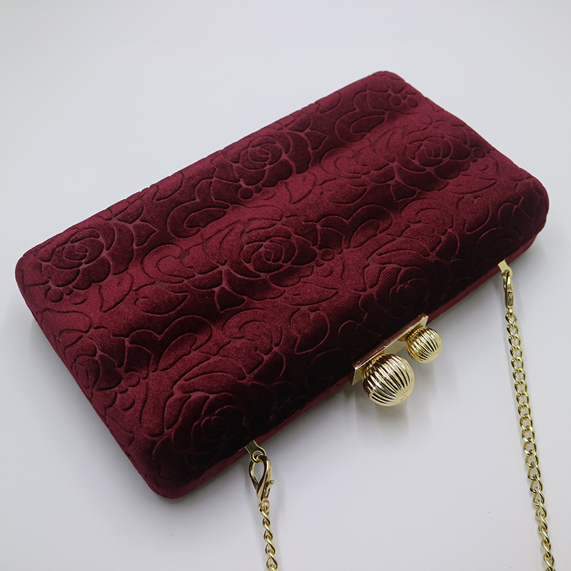 c79ba45126 Aliexpress.com : Buy Royal Nightingales Velvet Hard Case Box Clutch Evening  Bags and Handbags for Women Ball Party Prom Red Black Clutches from  Reliable ...
