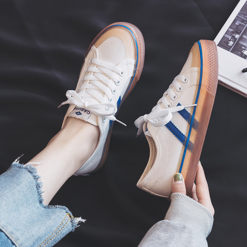 2019 Spring New Canvas Shoes Girls Student Fashion Sneakers Women Korean Version Ins Street Flapper Shoes Summer White Shoes