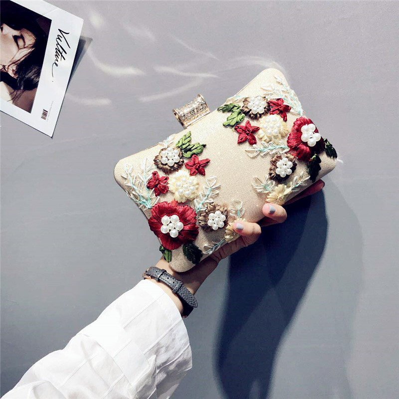 Unique Pillow Type Shoulder Bags with Flowers,Graceful Ladies' Day Clutches, Embroidered Evening Banquet Bags,Shiny Square Bags. цена 2017