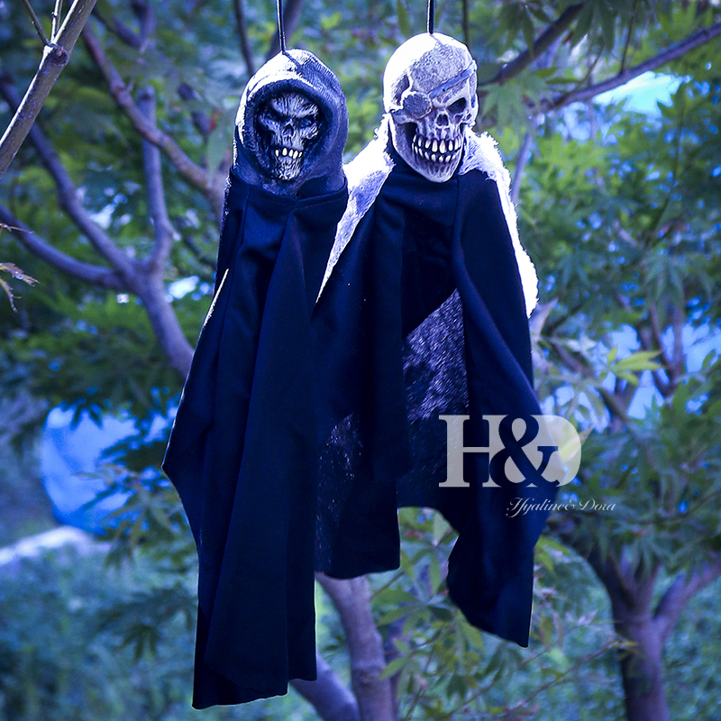 H&D 2PCS Halloween Scary Skull Doll Haunted House Escape Horror Props Halloween Decorations