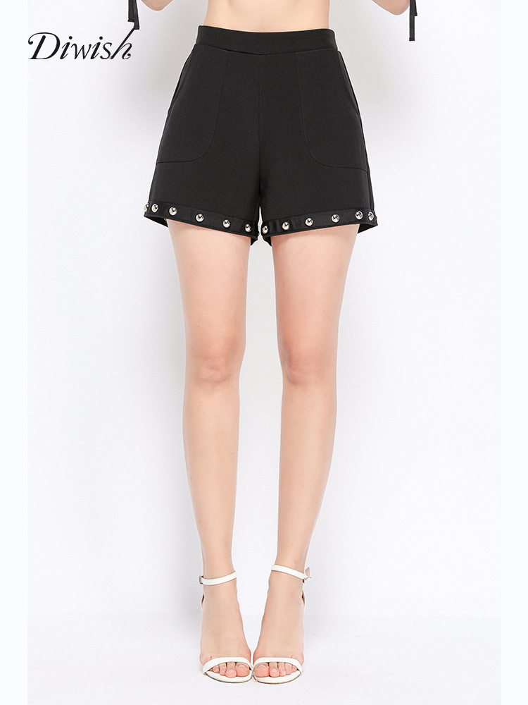 Diwish Black Shorts Plus Size 2019 New Summer Women Short Decorated with Rivet Mid Waist Casual Pocket Shorts