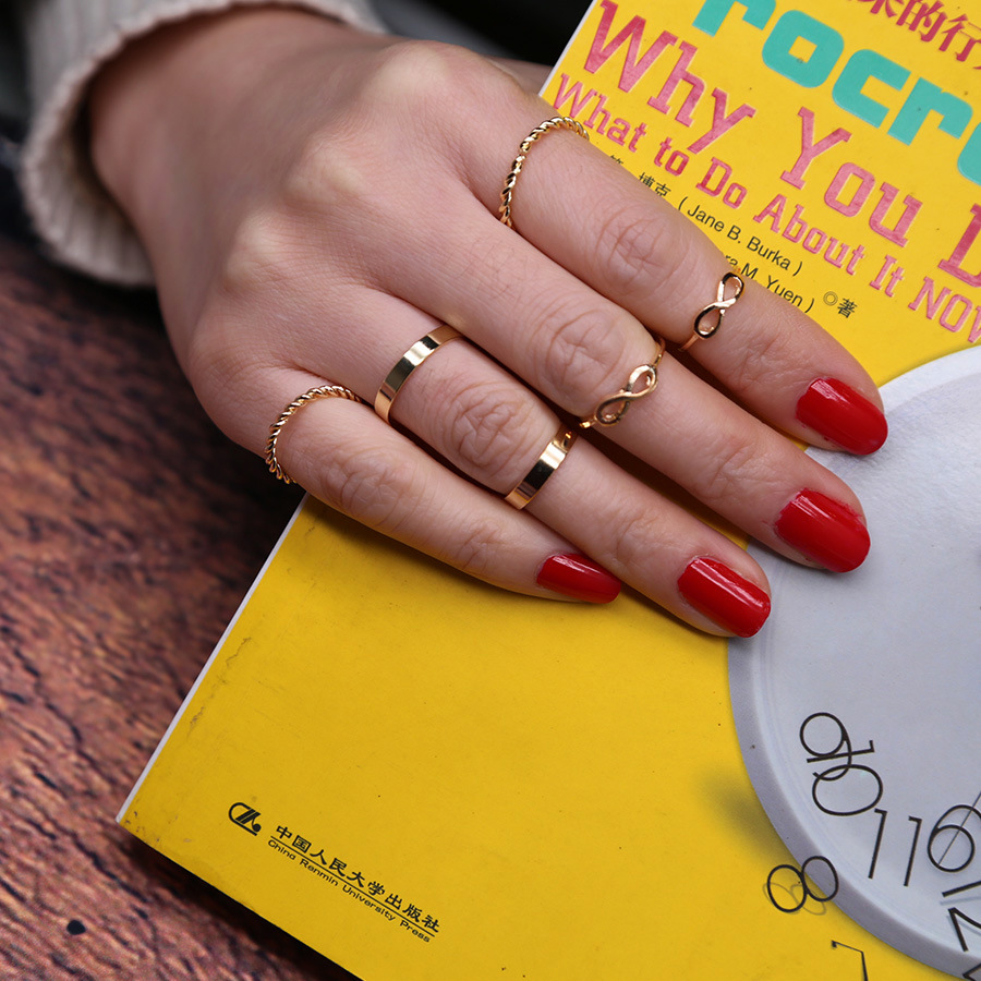 Ornament Jewelry Ring Set 6 Piece Female Alloy Ring Charm for Ladies Adjustable Ring Set Punk Style Finger Ring 6pcs Hot Sale
