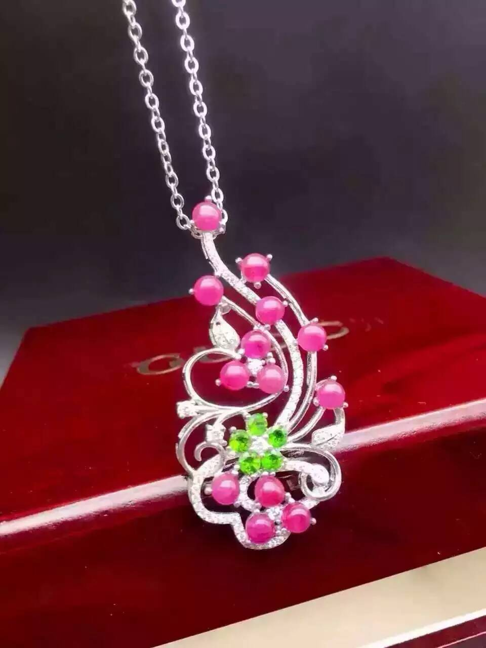 natural red ruby pendant S925 silver Natural gemstone Pendant Necklace trendy big Luxury Flower Leaves women wedding jewelrynatural red ruby pendant S925 silver Natural gemstone Pendant Necklace trendy big Luxury Flower Leaves women wedding jewelry