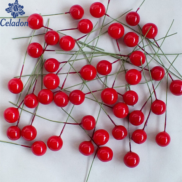 Celadon 100 pcs Artificiale Berry Vivid Red Agrifoglio Bacca Bacche di Casa Ghir