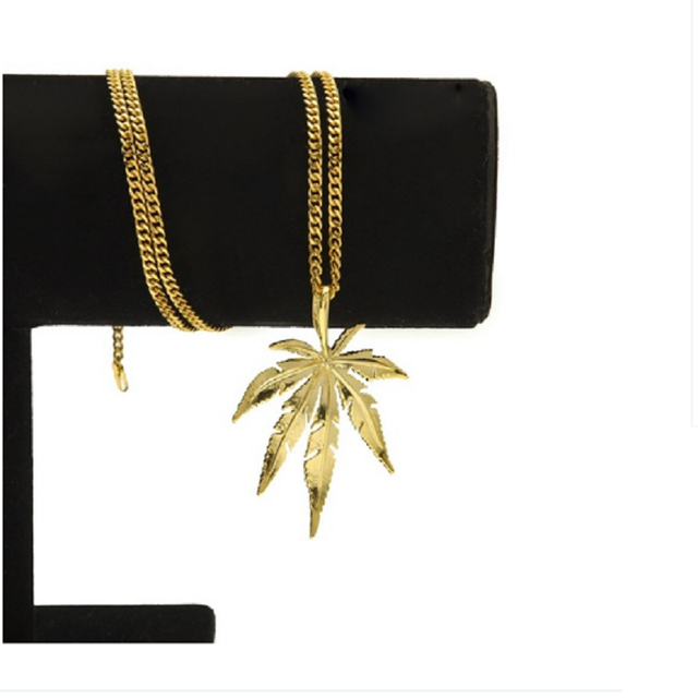 New Gold  Cannabiss Small Weed Herb Charm Necklace Maple Leaf Pendant Necklace Hip Hop Jewelry Wholesale Drop Shipping 3