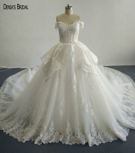 Image 1 - 2017 Ball Gown Beaded Lace Wedding Dresses with Sweetheart Neckline Sleeveless Chapel Train Floor Length Colorful Bridal Gowns