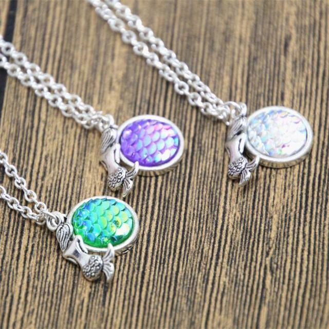 Caxybb brand holographic mermaid necklace gift jewelry mermaid caxybb brand holographic mermaid necklace gift jewelry mermaid necklace shimmer mermaid scales fish scale necklace mozeypictures Images