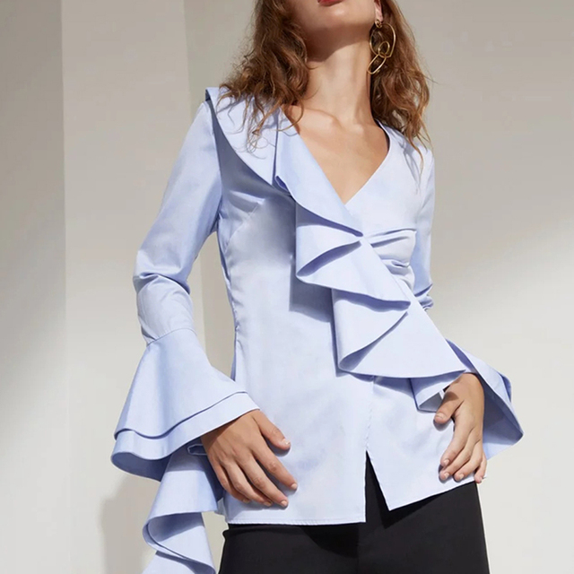 67a09b70a8922 HIGH STREET New Fashion Runway 2018 Designer Blouse Women s V-neck Flare  Sleeve Ruffle Shirt