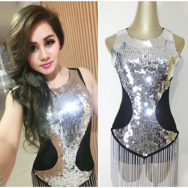0dd9df204 Fashion female singer ds costume performance wear black silver paillette  elastic iron chain tassel one piece dancer nightclub-in Chinese Folk Dance  from ...