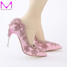 Spring New Arrival Pink Rhinestone Formal Dress Shoes Satin Crystal Bridal Wedding Shoes Pointed Toe Beautiful Party High Heels