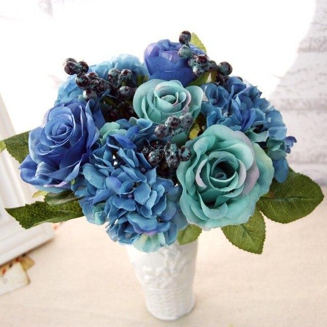 Us 7 21 34 Off Kunstliche Seide Blau Rose Blumen Bouquet Kunstliche Beeren Floral Hochzeit Hortensien Kunstliche Blumen Fur Heimtextilien In