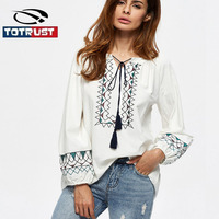 TOTRUST White Floral Embroidery Blouse Women 2017 Summer Sexy Loose Blouse Long Lantern Sleeve Crop Top
