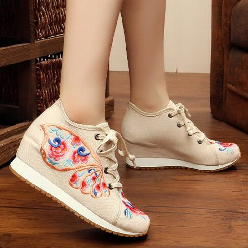 Retro Flower Embroider Lace up Canvas Shoes for Women Round Toe Ethnic Flat Autumn Ladies Loafers Runway Shoes Casual Sneakers 2