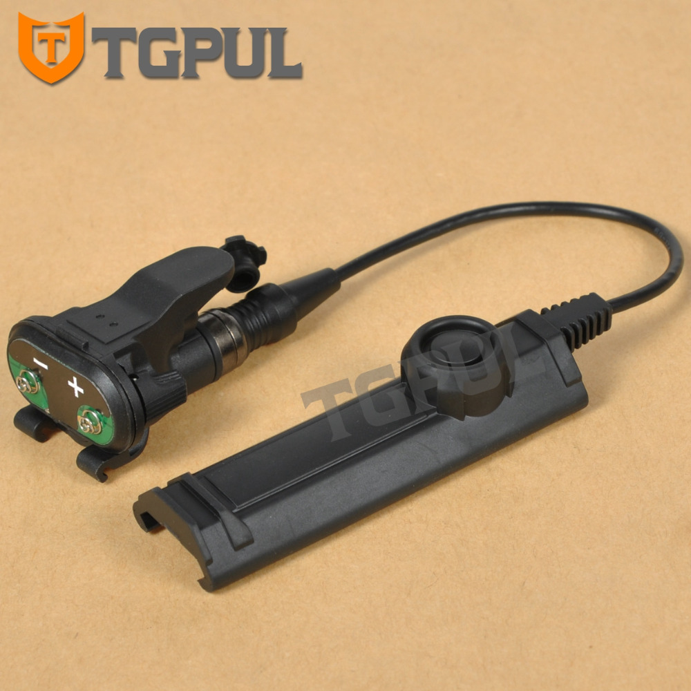 TGPUL Tactical Remote Dual Switch Assembly For X300 X400 X-Series Constant/Momentary Control Flashlight Tape Switch AccessoriesTGPUL Tactical Remote Dual Switch Assembly For X300 X400 X-Series Constant/Momentary Control Flashlight Tape Switch Accessories