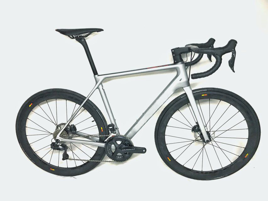 2018 disque vélo de route en fibre de carbone vélo complet vélo carbone BICICLETTA vélo groupe R8020 disque carbone 50mm pneu - 2