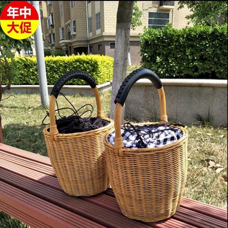 Handbag Women 39 s handbag luxury rattan round bucket bag 2019 summer hot handmade rattan weave bolso mujer New arrive fashion in Top Handle Bags from Luggage amp Bags