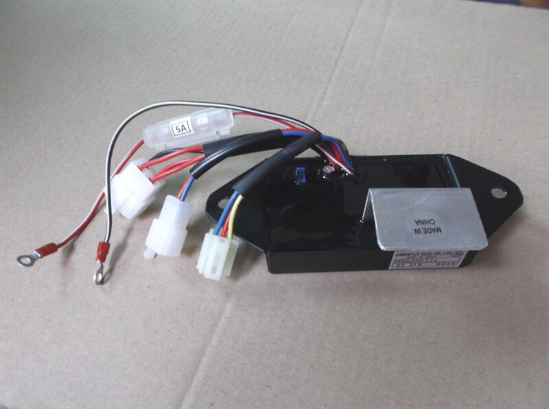 J310 J313 AVR For KUBOTA J315 J318 J320 J324 380V Generator ,8.5 20KVA 380VAC Generator AVR