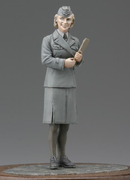 1:35   World War II German Clerical Women Soldiers 1