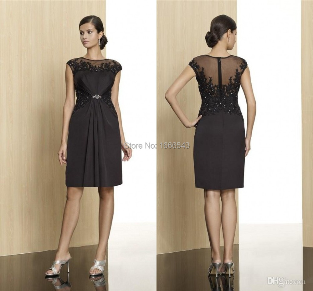 Vestido negro de cocktail