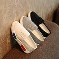 Nova Moda das Meninas do Menino Sapata de Lona Respirável Sneakers Crianças Tamanho 26-30 Apartamentos Saltos Sapatos Casuais Pouco Grande crianças mocassins