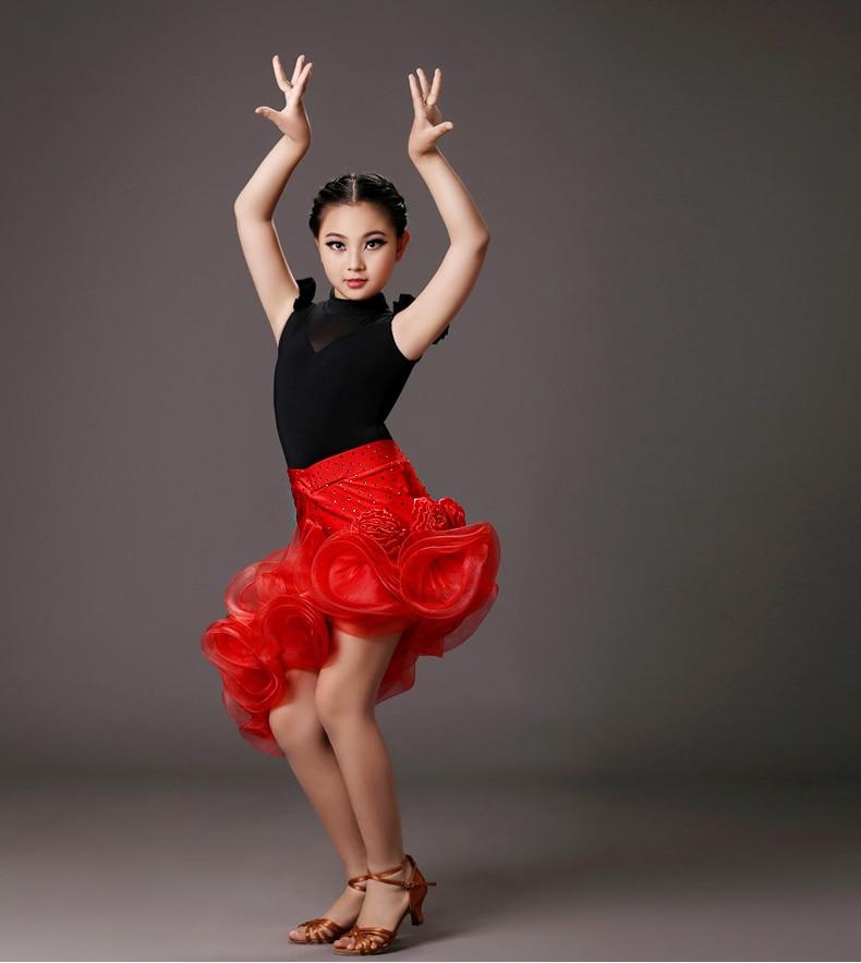 Nouveau style filles latine costumes de danse sur glace senior top en soie + spandex jupe 2 pcs latine ensemble de danse pour les filles latine de danse costumes