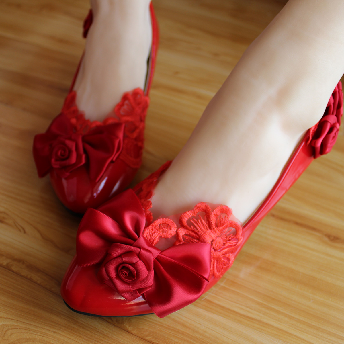 b19cf0ccd19 Red handmade bridal shoes flat heel rose bow wedding shoes embroidered lace flat  shoes women s shoes