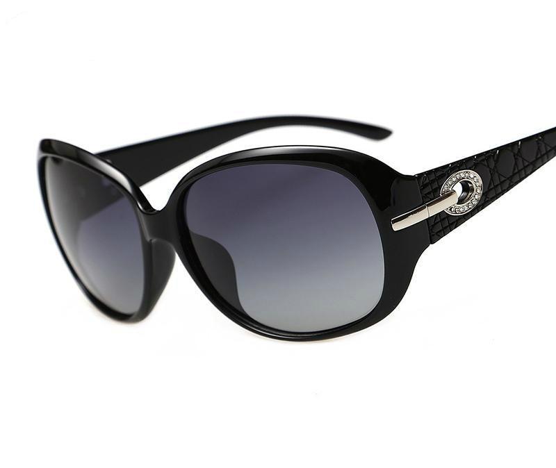 0d4092c94c Viodream designer meilleure qualité polaroid lunettes femmes lunettes de  soleil de canal populaire mode lunettes UV 400 oculos de sol feminino