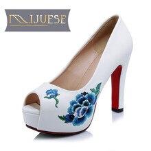 MLJUESE 2018 women sandals autumn spring White color slip on Embroider platform high heels women size 34-42
