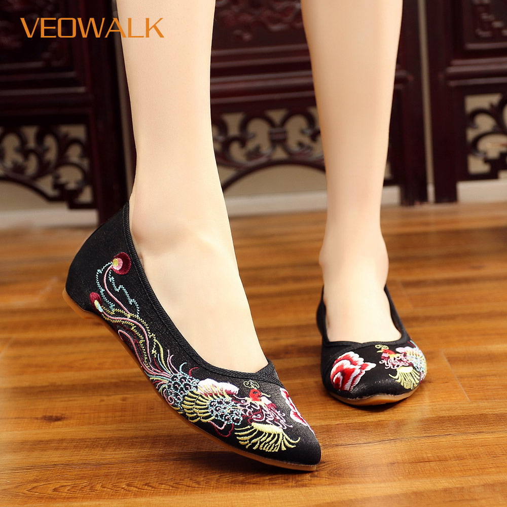 Veowalk Chinese Phoenix Embroidery Women Silk Cotton Ballet Flats Pointed  Toe Slip on Ladies Embroidered Shoes Woman Ballerinas-in Women s Flats from  Shoes ... aa6f18527fc5