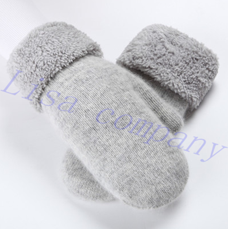 2016 hot sale a pair of female winter riding woollen font b gloves b font cold