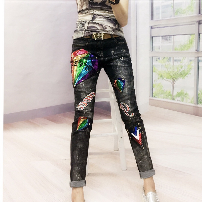 2018 New Europe Fashion Sequins Jeans Women Denim Embroidered Flares Elasticity Jeans Woman Casual Beading Harem pencil Pants vintage women jeans calca feminina 2017 fashion new denim jeans tie dye washed loose zipper fly women jeans wide leg pants woman