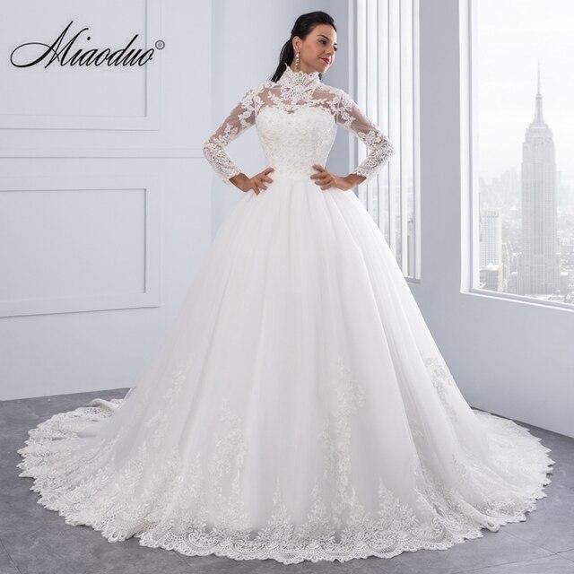 Miaoduo Vestido De Noiva 플러스 크기 높은 목 IIIusion 다시 긴 소매 웨딩 드레스 2020 공 가운 웨딩 드레스 여성을위한