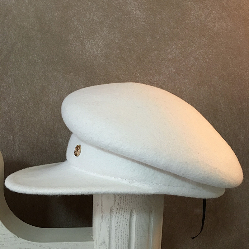 18 fashion show caps For Women New Fashion Caps Female Casquette Octagonal Cap casual berets hat White wool embellished hat 3