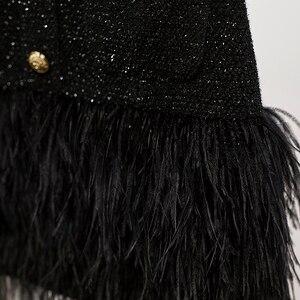 Image 5 - HIGH STREET 2020 Più Nuovo Vestito Alla Moda Bottoni del Blocchetto di Colore del Metallo delle Donne Della Piuma Vestito Decorato