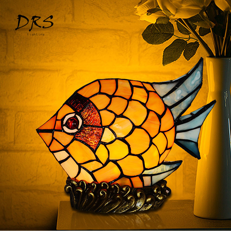 Tiffany Table Lamp American Antique Desk Lamp  Childrens Room Bedroom Fish Table Lampshade  Luminaria De Mesa  Bedside LightsTiffany Table Lamp American Antique Desk Lamp  Childrens Room Bedroom Fish Table Lampshade  Luminaria De Mesa  Bedside Lights