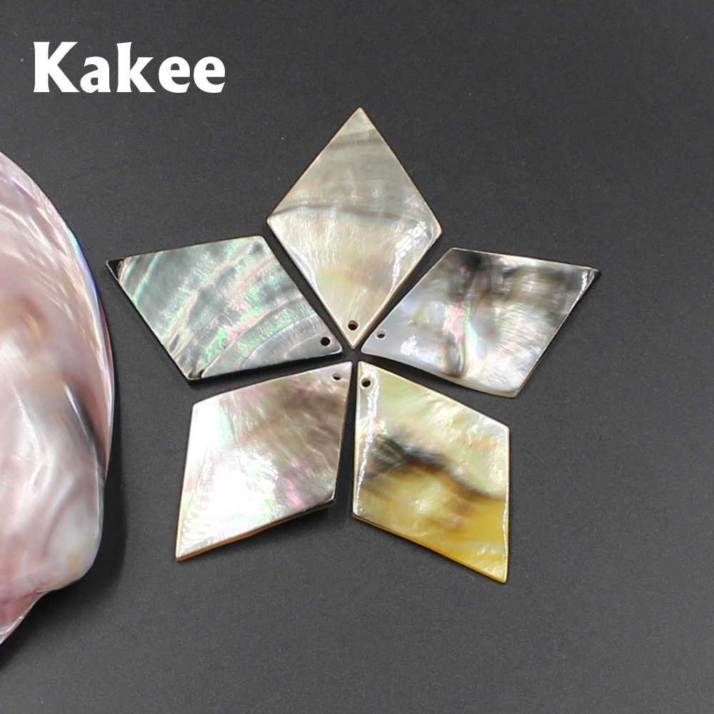 Kakee Charms Black Sea Shell Naturale Beads per Monili Che Fanno I Risultati DIY Seashell Materiale per Fare Orecchini Collane di Modo