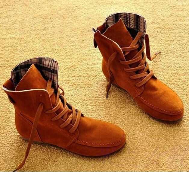 Automne nouvelles femmes bottes plates bottes bottines pour femmes Rome étudiant Plus Sizes35-43buttons chaussures décoratives