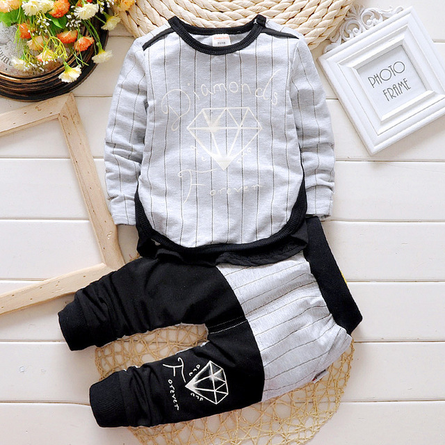 2016 brand baby Boys clothing set cotton sports Boys  Striped T-shirt And Pants Suits lowest price boys clothes