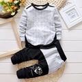 2016 marca bebê Meninos conjunto de roupas de algodão Meninos esportes T-shirt E Calças Listradas Ternos menor preço meninos roupas