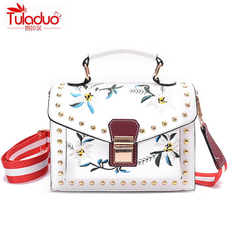 Small Flowers Women Crossbody Bags Fashion Embroidery Women Shoulder Handbags High Quality PU Leather Ladies Messenger Bags 2018 xiyuan brand ladies beautiful and high grade imports pu leather national floral embroidery shoulder crossbody bags for women