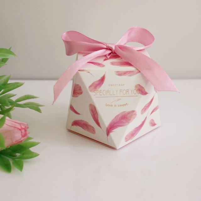 200pcs European Pink Yellow Purple Wedding Favors Candy Bo Party Return Gift Box Oniera Souvenirs Giveaways