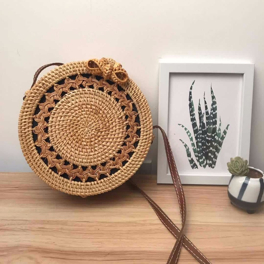 Ins Bohemian Circle Rattan Bag Hollow Out Vintage Handmade Shoulder Bags Crossbody Summer Bali Bag Round Straw Beach Bag Girls цена